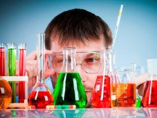 Tudományos játékok, játékos fizika, kémia