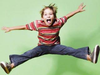 Figyelemzavarral, hiperaktivitással élő gyermek