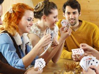 Kártyajáték felnőtteknek