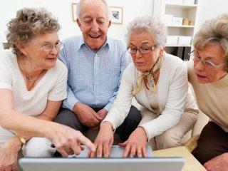 Fejlesztő játékok nyugdíjasoknak, időseknek