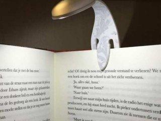 Flexilight világító olvasólámpa és könyvjelző