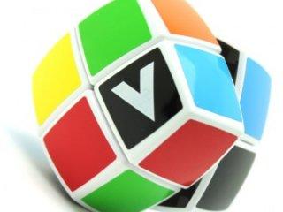 2x2 versenykocka, fehér, lekerekített, matrica nélküli (V-Cube, egyszemélyes logikai játék, 7-99 év)
