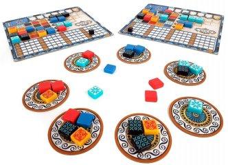 Azul, családi társasjáték (2018. Év Társasjátéka Díjas stratégiai játék, 8-99 év