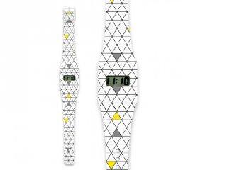 Divat karóra, Háromszögek (Pappwatch, Slim, 10-99 év)