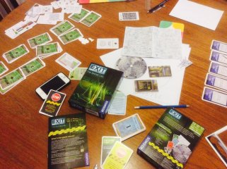 Exit: A játék, A titkos labor (taktikai szabadulós társasjáték, 12-99 év)