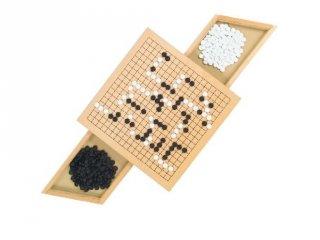 Go táblajáték, stratégiai társasjáték fából (Goki, 8-99 év)