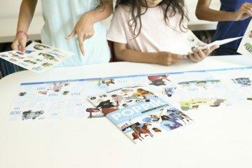 Kreatív óriásplakát készítés 66 db matricával, Világtörténelem (Poppik, 8-14 év)