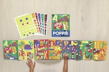 Kreatív poszter készítés 520 db puzzle matricával, ABC (Poppik, 3-7 év)