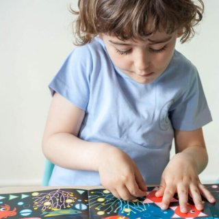Kreatív poszter készítés 750 db puzzle matricával, Akvárium (Poppik, 3-7 év)