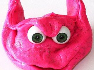 Pink gyurmaszörny (Kreatív kézügyesség fejlesztő, szörnyszemekkel, 4-12 év)