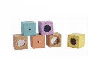 Plan Toys pasztell érzékelő kocka készlet, fa bébijáték (6 db)