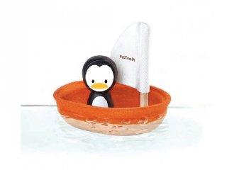 Plan Toys vitorlás csónak pingvinnel, fa fürdőjáték