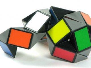 Rubik Twist Color (Rubik, logikai-, és kirakójáték, 8-99 év)