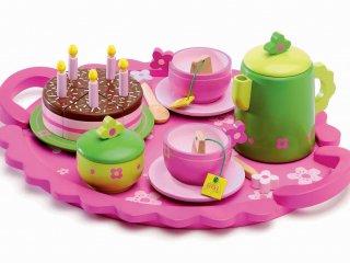 Teáskészlet tortával (Djeco, 6511, fa konyhai kellék, 3-8 év)