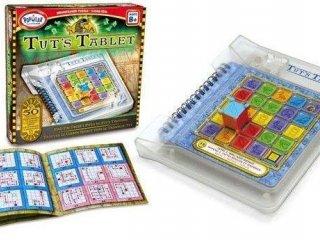 Tuts Tablet, kincskereső logikai játék feladványfüzettel (Popular, egyszemélyes, logikai, elforgatós útkereső játék, 8-99 év)