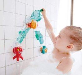 Vidám vízesés, Hape fürdőjáték, pancsoló játék (2-5 év)