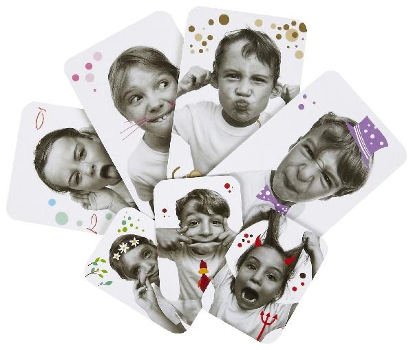 Érzelmeket tanító képes játékok